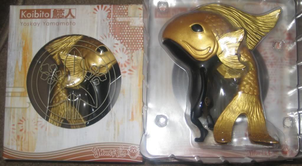 YOSKAY YAMAMOTO KOIBITO gold KOI FISH LIMITED EDITION VINYL ART FIGURE MUNKYKING