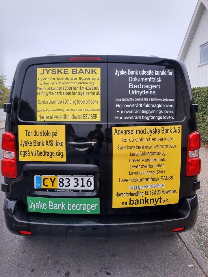 Skriv historien om den kriminelle bank, Jyske B...