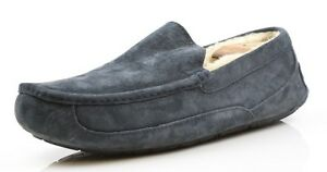 5c7b0eb3ea4 UGG Mens Blue / Gray Ascot Suede Shoes/Slippers 5775 Size 10 | eBay