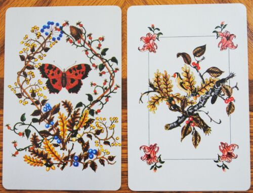 FLOWERS PAIR SWAP PLAYING CARDS TINY BUTTERFLY BERRIES /& BIRD
