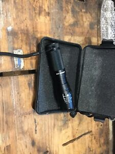 Comes in Hard Case Lumify X9 Tactical Flashlight LED Zoom Military Torch 800lm