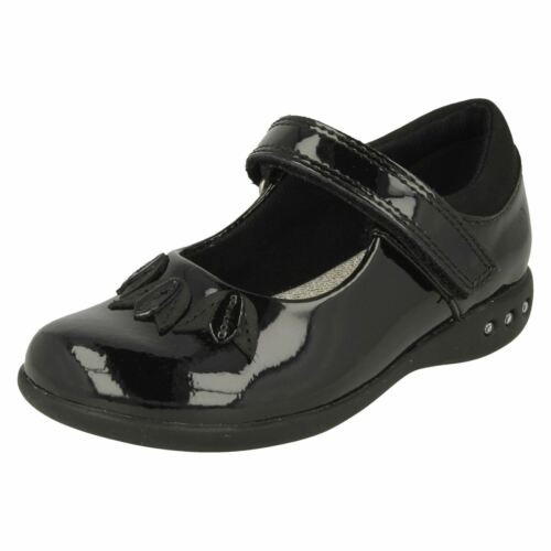 Girls Clarks Patent Leather Diamante and Leaf Detail School Shoes Prime Step
