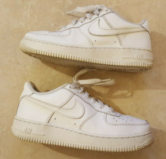 Nike 314192-117 Air Force 1 Size 4Y (4