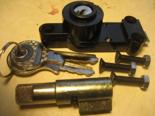 BMW //2 FORK AND GAS TANK COMPARTMENT LOCK SET W//KEYS+MOUNTING SCREWS R50-R69S