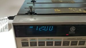 Ge Under Cabinet Radio With Am Fm Appliance Outlet Clock And Timer