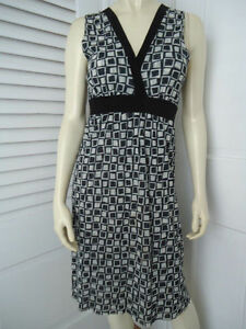 SWEET-PEA-Dress-M-Pullover-Black-White-Geometric-Nylon-Stretch-Knit-Empire