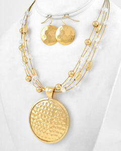 Cowgirl-Western-Round-Disc-Pendant-Gold-Metal-Necklace-Set