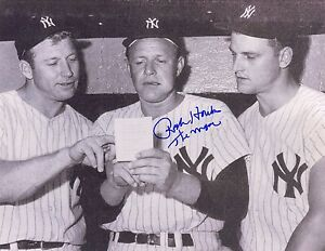 New-York-Yankees-RALPH-HOUK-deceased-signed-autographed-8x10-Mantle-amp-Maris-1961