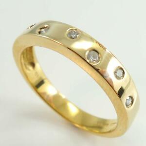 Diamond-Ladies-Wedding-Band-Ring-In-18ct-Yellow-Gold