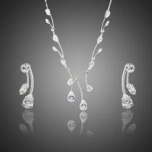 WATERDROP SWISS CUBIC ZIRCONIA DROP EARRINGS AND PENDANT NECKLACE SET - Bognor Regis, West Sussex, United Kingdom - WATERDROP SWISS CUBIC ZIRCONIA DROP EARRINGS AND PENDANT NECKLACE SET - Bognor Regis, West Sussex, United Kingdom