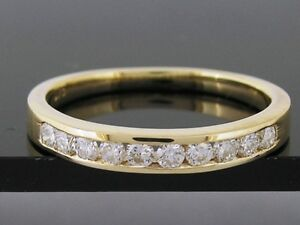 R165-Genuine-SOLID-9ct-Yellow-Gold-CZ-Cubic-Zirconia-Wedding-Ring-Band-size-M