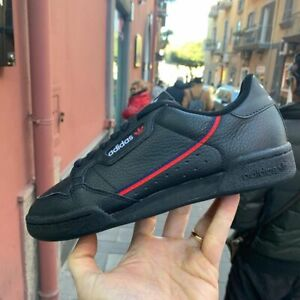 Adidas-CONTINENTAL-80-Nere-in-pelle-striscia-rossa-blu-mod-G27707