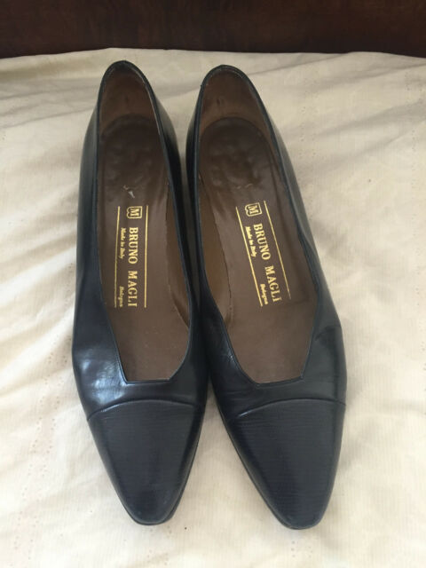 Bruno Magli Black All Leather Classic Pumps Flats Shoes Made In Italy 7.5 AA