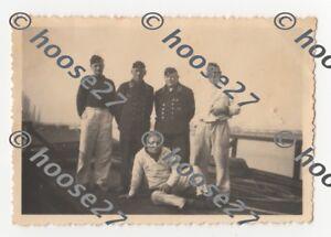 Gruppenfoto-Kriegsmarine-Maat-U-Boot-Mann-1-WK-9x6cm-orig-2-WK