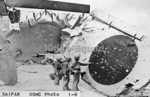 WW2-Picture-Photo-Saipan-1944-US-Marines-inspecting-destroyed-Japanese-H8K-2884