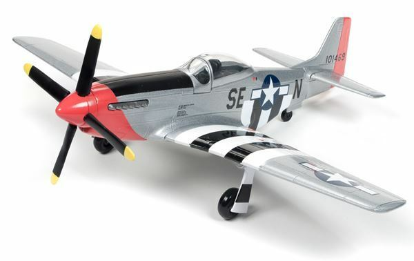 ROUND 2 1 44 SCALE 1945 NORTH AMERICAN P-51D MUSTANG MODEL   BN   VF001