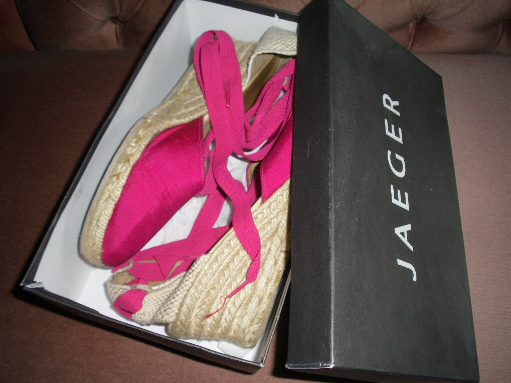 JAEGER FUSCHIA SILK WEDGE ESPADRILLE, EU 41/UK 8.5, WORN TWICE, SUMMER WEAR