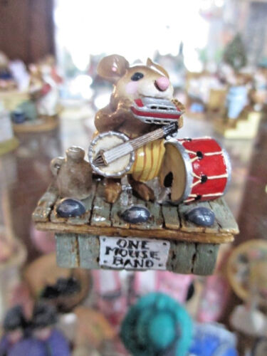 """Wee Forest Folk /""""ONE MOUSE BAND M196/"""" Annette Petersen KH"""