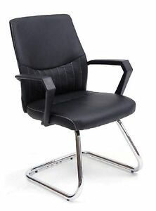 Poltrona sedia per ufficio su slitta cromata in finta pelle nera con ...