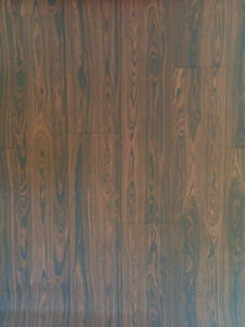 Realistic Wood Optic Panelling Timber Plank Wood Textured Wallpaper KZ0704
