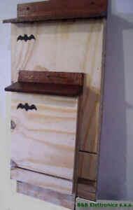 2-BAT-BOX-PIPISTRELLI-grande-e-piccola-Case-PIPISTRELLO