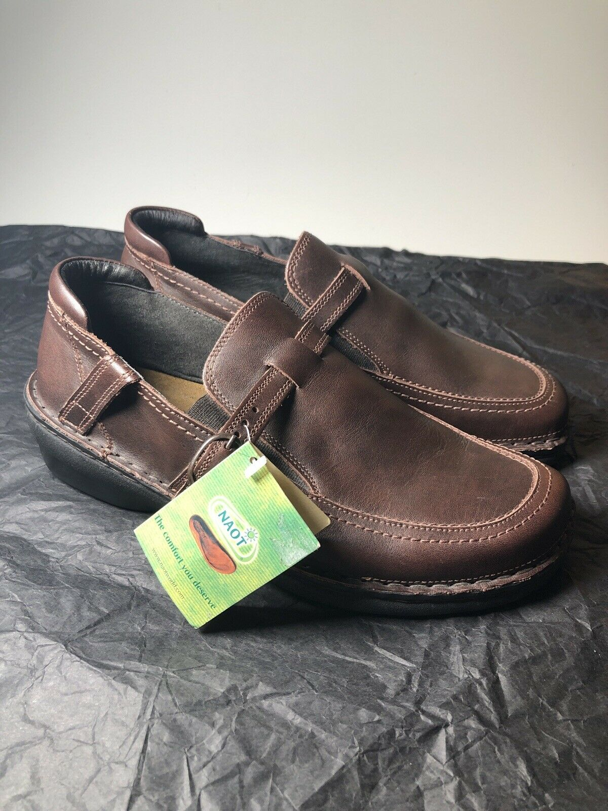 NAOT Brand NEW Brown Leather Slip On Loafers Comfort Shoes Womens Size 7 M
