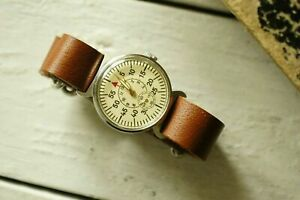 Vintage-USSR-POBEDA-MILITARY-RUSSIAN-Mechanical-Soviet-Men-039-s-Wristwatch