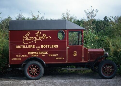 Art print POSTER Canvas Antique Delivery Truck for Strathisla Distillery