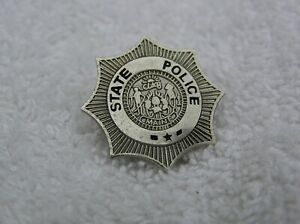 "Sc1 32 Maine State Police Badge 7//8/"" Silvertone Hat Lapel Pin"