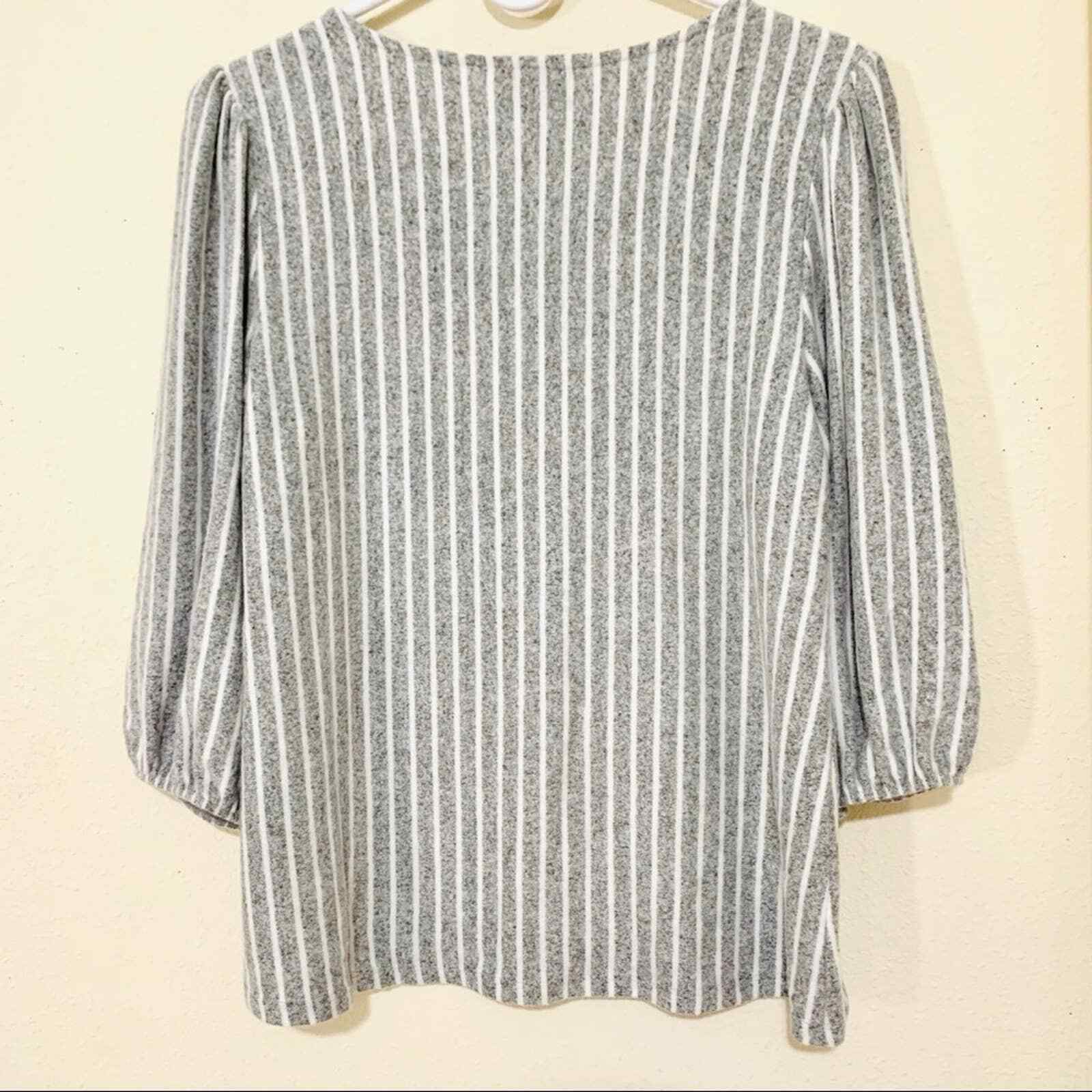 ANTHROPOLOGIE W5 striped puffed shoulder blouse s… - image 6
