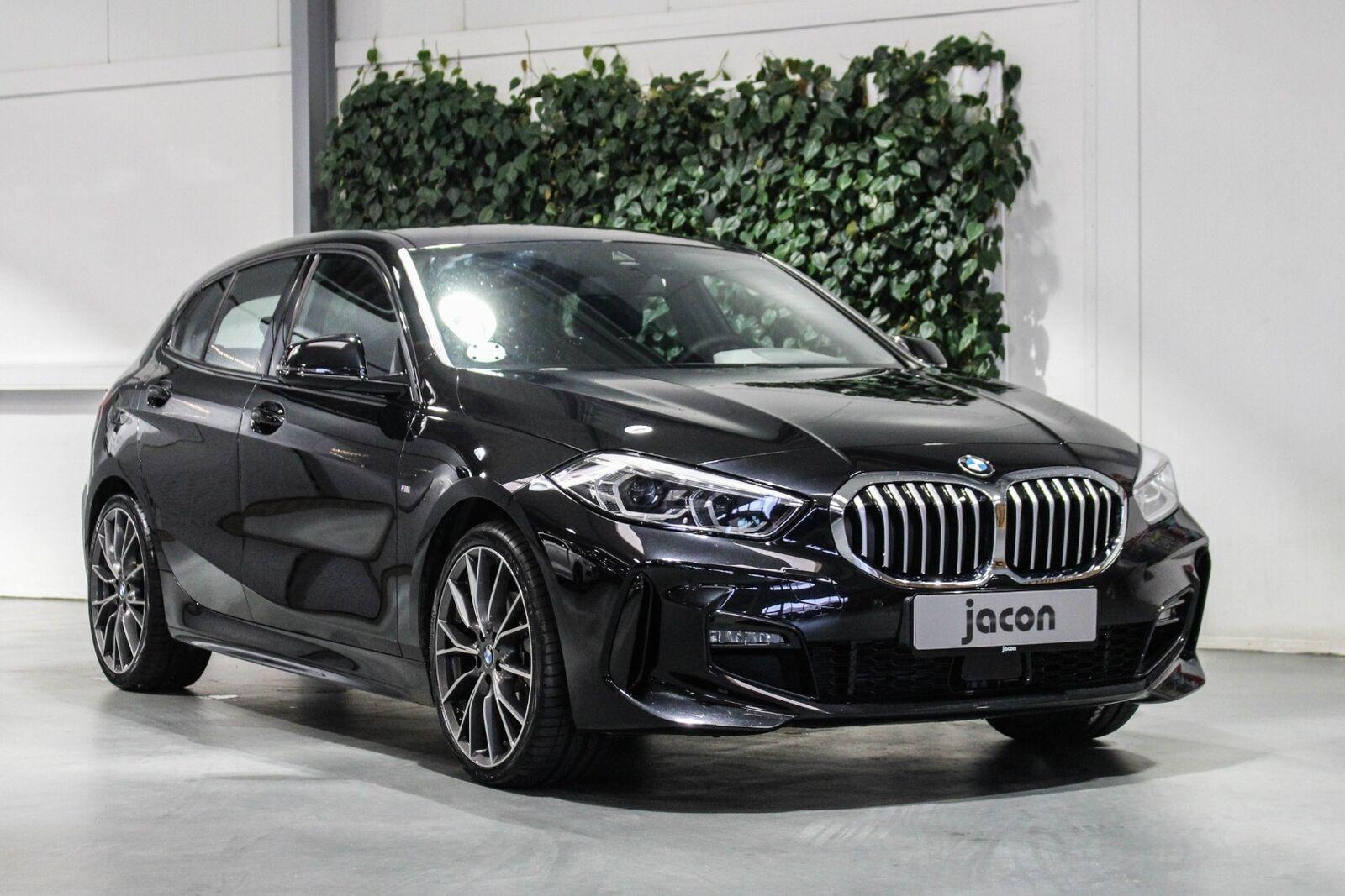 BMW 118i 1,5 M-Sport aut. 5d - 339.900 kr.