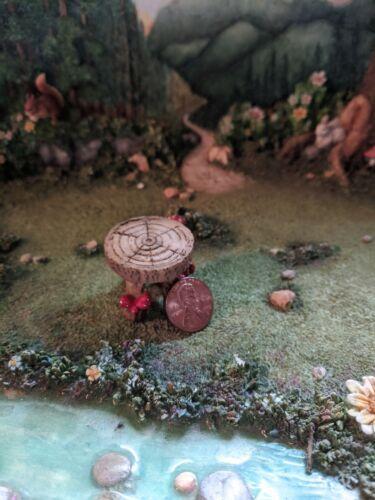 Table GO 17845 Miniature Fairy Garden Mushroom Stool