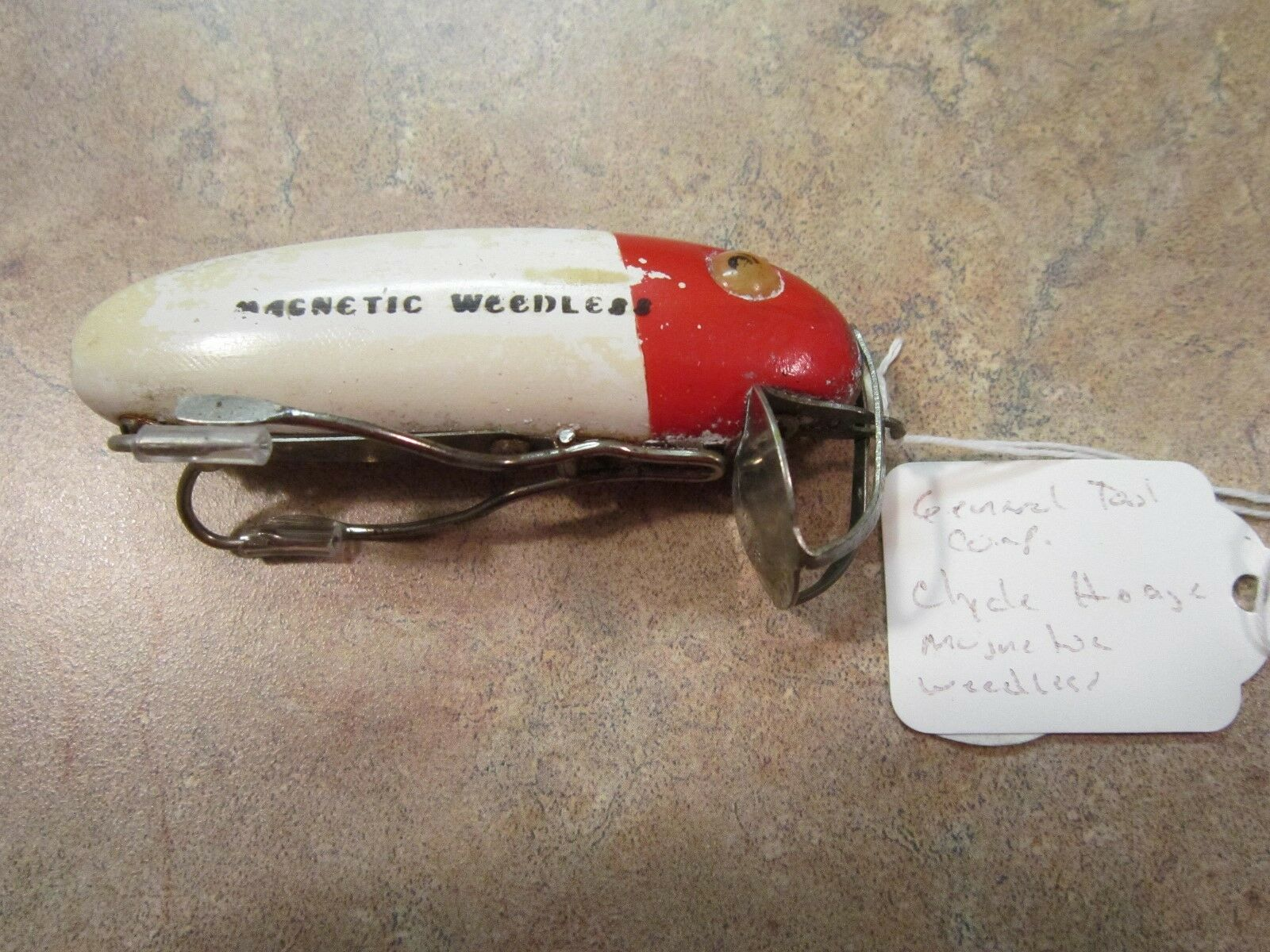 VINTAGE CLYDE HODGE WEEDLESS LURE