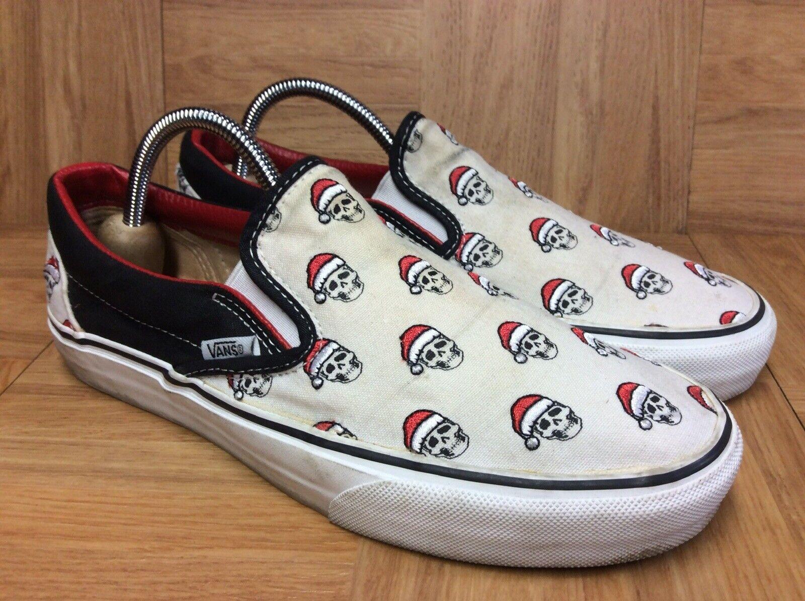 RARE VANS Classic Slip On Santa Skull Clause Sz 7 Men's - 8.5 Women's shoes