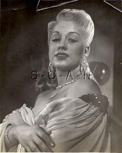 Original Vintage 1940s-50s Semi Nude RP- Brunette Takes