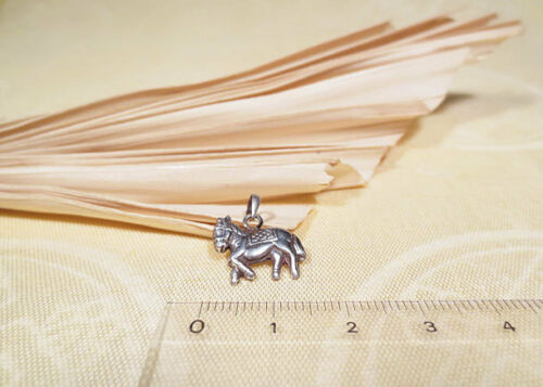 Anhänger // Amulett WINDPFERD Tibet 925er Silber Nepal Lungta