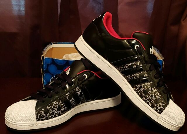 Adidas Superstar Shoes Mickey Mouse Disney Edition men's size 11.5 VERY RARE