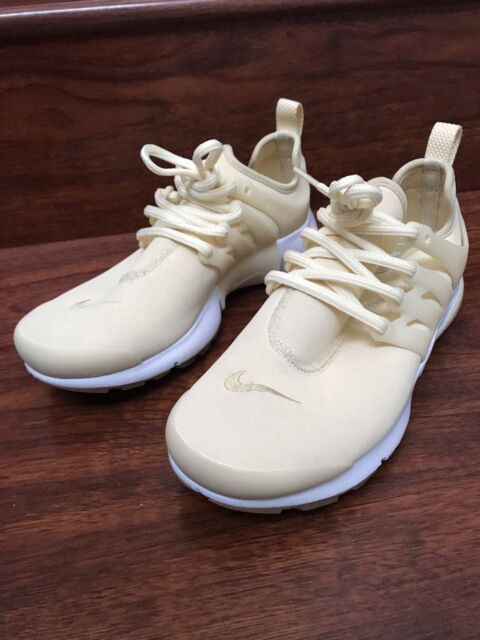 quality design c3bbc 14992 Nike Women's Air Presto PREMIUM Muslin Flat Gold Star Women Running Shoes.