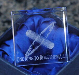 Lord-of-The-Rings-3D-Laser-Engraved-Paper-Weight-THE-One-Ring-NIB-NECA-RARE-LOTR