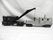POSTWAR LIONEL 6460 BUCYRUS ERIE OPERATING CRANE CAR & 2419 D.L &W. WORK CABOOSE