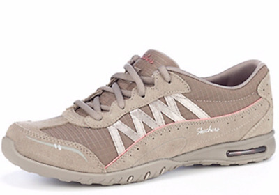 Skechers Relaxed Fit Easy Air Day by Day Lace Up in Taupe size UK 6.5 EU 39.5