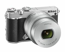 NIKON J5 -MIRRORLESS D-SLR CAMERA+10-30MM LENS+COMPACT+FAST+SWIVEL LCD