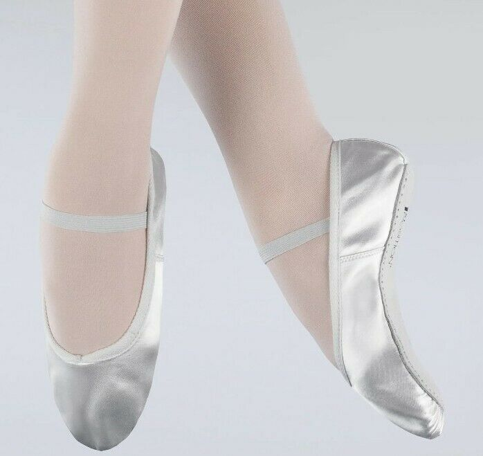 1ST Position White satin ballet shoes Size 1.5UK Older Child New Small Fitting