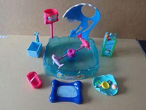 2008 Polly Pocket Shimmer & Splash Aventure Dolphin Jeu Set Incomplet-afficher Le Titre D'origine