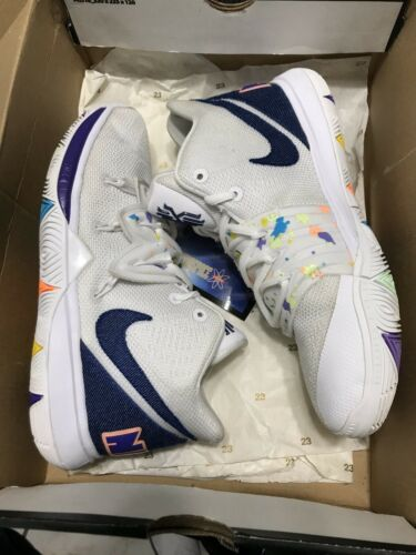 Nike Kyrie White Low Size 5.5