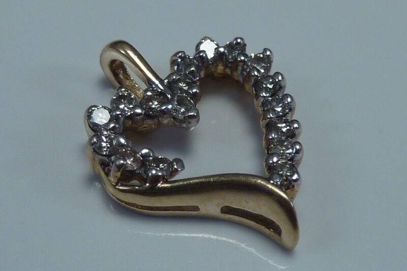 1 Gram 10K Yellow gold Heart Shaped Pendant with Diamonds