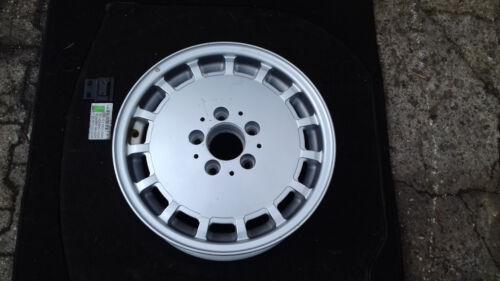 Mercedes  W124 Alufelge  Gullideckel 1244010902 7JX15H2 ET 41