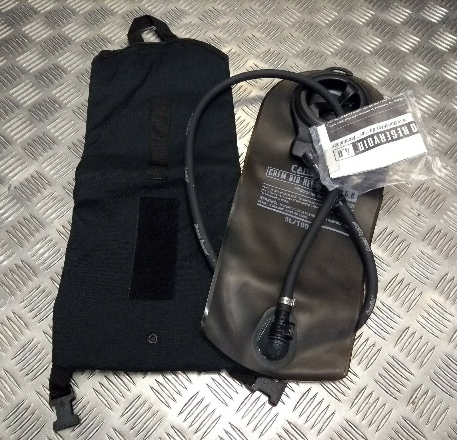 Genuine British Military Police Special Forces Issue Camelbak  Bag & Bladder NEW  big savings