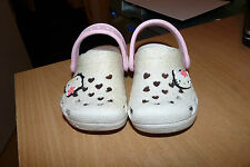 CHILDS  GENUINE HELLO KITTY PLAY / BEACH SHOES - WITH BADGES REALLY LOVELY CHEAP