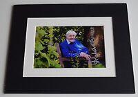 Richard Briers Signed Autograph 10x8 photo mount display Good Life TV AFTAL COA